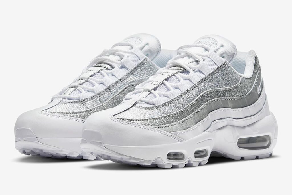 silver-slivers-appear-on-the-nike-air-max-95
