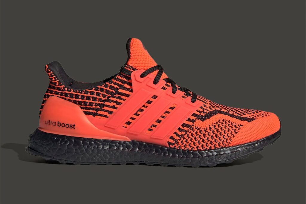 """the-ever-so-popular-""""solar-red""""-colorway-returns-to-the-adidas-ultraboost"""