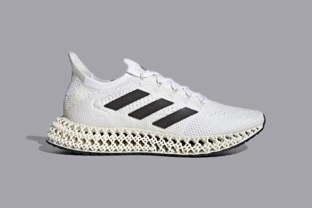 an-icy-white-adidas-4dfwd-releases-this-year