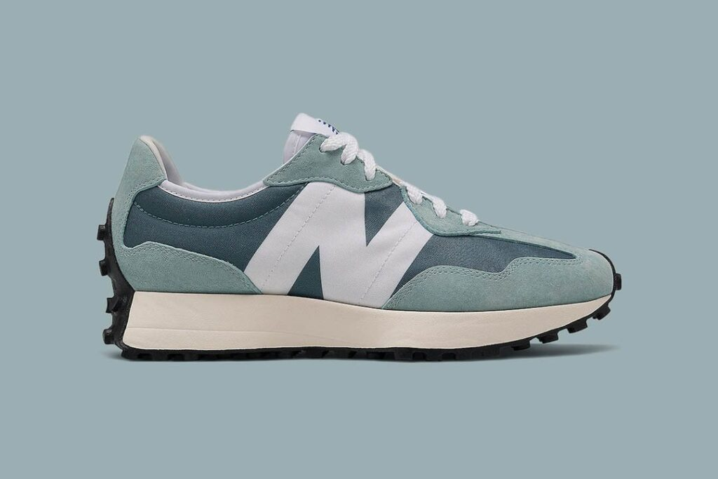"""new-balance-releases-the-327-""""storm-blue""""-for-a-women's-exclusive"""