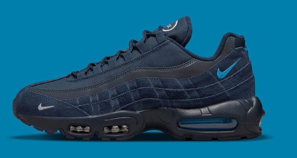 nike-dresses-the-air-max-95-in-elegant-shades-of-blue