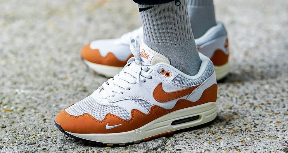 """a-better-look-at-the-patta-x-nike-air-max-1-in-""""monarch"""""""